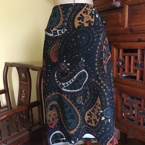 Lularoe Cassie pencil skirt - large print paisley!